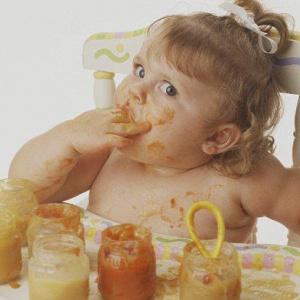 Почему ребенок много ест