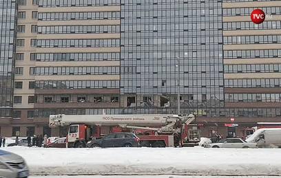 В жилом доме на севере Петербурга произошел мощный взрыв