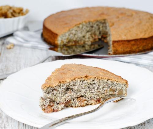 Пирог с маком и грецкими…