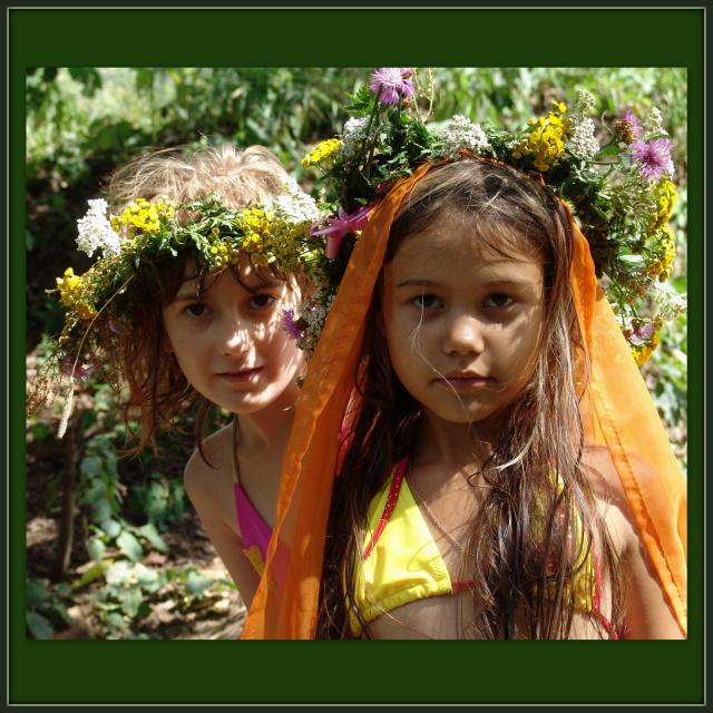 юные леснянки