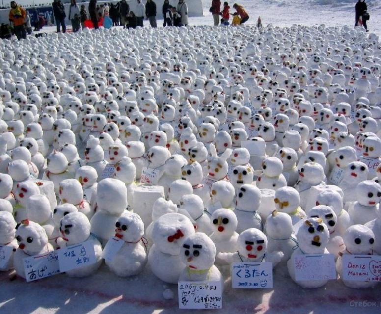 Базар снеговиков