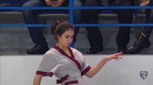 КХЛ:  -  (19 января 2017) Зажигательный танец уборщицы в Хабаровске