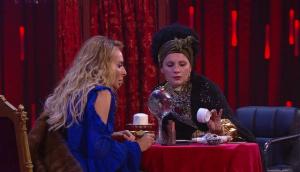 Comedy Woman: Армянская гадалка
