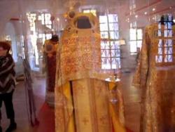 Новодевичий монастырь. Архиерейское облачение, иконы