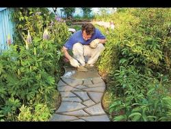 Сад минимальных затрат – как сделать сад красивым