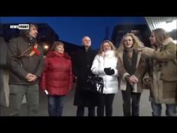 Музыкальный флешмоб: В Братиславе горожане исполнили советскую песню