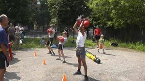 Толчок гирь по 10 кг за 5 минут 16.07.2016 года в г.Иваново.