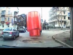 Подборка авто аварий - Потерянный груз