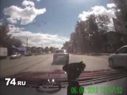 Таксист в Челябинске сбил 12-летнюю девочку