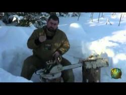 Выживание - Разведение огня с помощью бензопилы