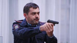 Однажды в России: Полицейский охраняет бланки ЕГЭ