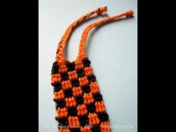 Фенечка прямого плетения Шахматка