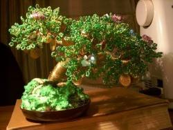 Дерево из бисера мастер-класс - Видео урок для начинающих