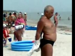 """мужик """"умора"""" Светлогорский пляж"""