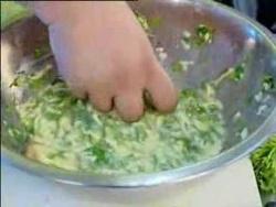 Завтрак с Абузяровым: Сырные гренки с зеленью