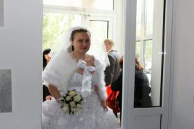 Невесте иногда хочется потворить что-нибудь..