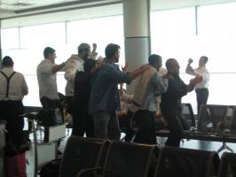 Веселая жизнь евреев в аэропорту
