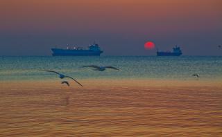 Восход в Феодосийском заливе.