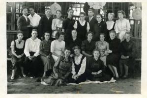 Выпуск Пучежской ср. школы 1946 год.