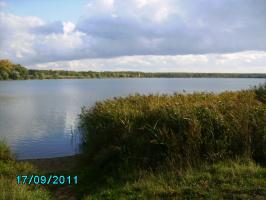 Озеро в сентябре.