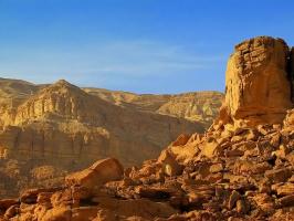 Горные массивы пустынь