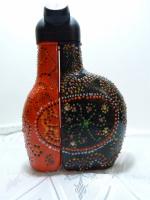 черная и красное (бутылка из под ликера)