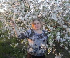 Яблони в цвету...