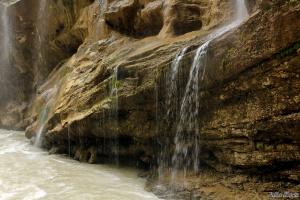 На Чегемских водопадах
