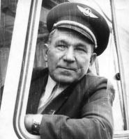 Широков Семен Дмитриевич - водитель автобуса.