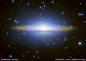 Галактика M104