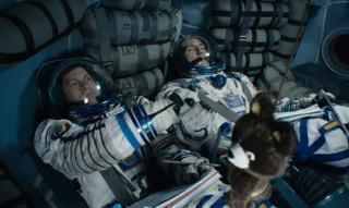 """Что разрешалось экипажу орбитальной станции """"Салют-7"""" в качестве исключения и почему?"""
