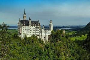 Сказочный замок Нойшванштайн (есть информация)