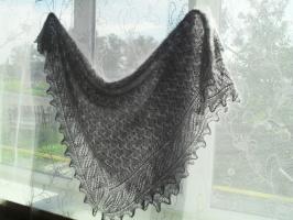 пуховый ажурный платок