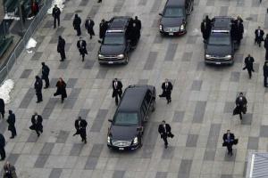 Эскорт президента США во время поездки по Вашингтону.