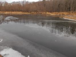 Первый лёд на реке