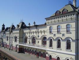 Часть жд вокзала г. Владивостока