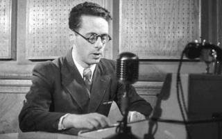 Кто изобрел микрофон?