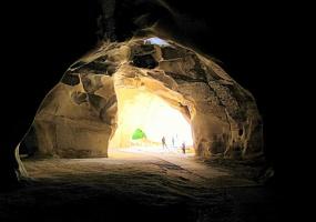 В пещерах Бэйт Гуврин (+ 2 снимка)