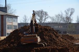 Подготовка котлована для строительства 46-ти квартирного дома