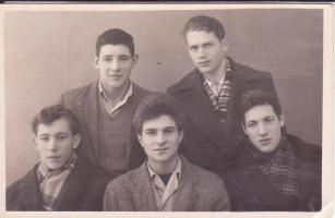 Анатолий с друзьями