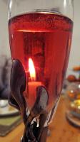 Настоящие бокалы под шампанское имеют .....Что имеют настоящие бокалы под шампанское?