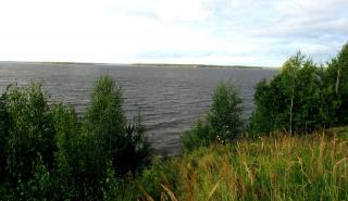 Волга штормит.