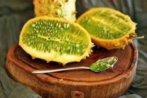 Назовите этот фрукт