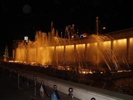 Ночной фонтан 2