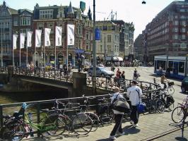 Амстердам-город велосипедов