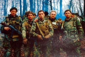 15 лет назад в Чечне в Аргунском ущелье погибла рота псковских десантников.