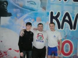 На Всероссийских соревнованияхпо гиревому спорту в г.Калуге.