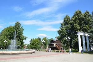 Летом в маленьком городке...
