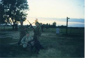 На закате дня. Силантьев Евгений (справа)