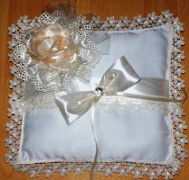 подушечка для колец к свадьбе сына
